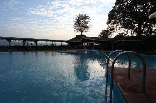 Enjoy weekends for Resorts in khandala with swimming pool